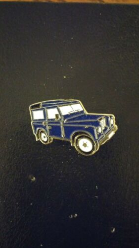 LAND ROVER BLUE SERIES 2 OR 3  FARMER OFF ROAD JEEP 4X4 CAR PIN BADGE