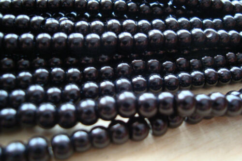 400 pcs 2 x 200pc Strands **Glass Pearl Beads –  4.0mm diameter – Black **