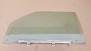 MERCEDES-SEC-W126-380-420-500-560-1981-1991-FRONT-SIDE-WINDOW-PASSANGER-SIDE