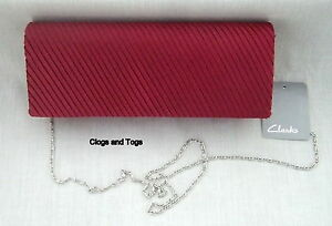 NEW-CLARKS-BORDEAUX-RED-PLEATED-FRONT-EVENING-CLUTCH-BAG-HANDBAG-BNWT