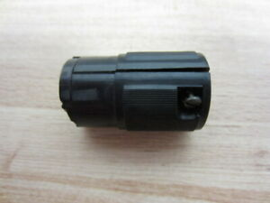 Hubbell-SRW-Turn-amp-Pull-Connector