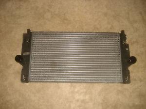 T4-Ladeluftkuehler-2-5-TDI-151PS-111KW-AXG-AHY-VW-7D0145805-LLK-Turbo-Kuehler
