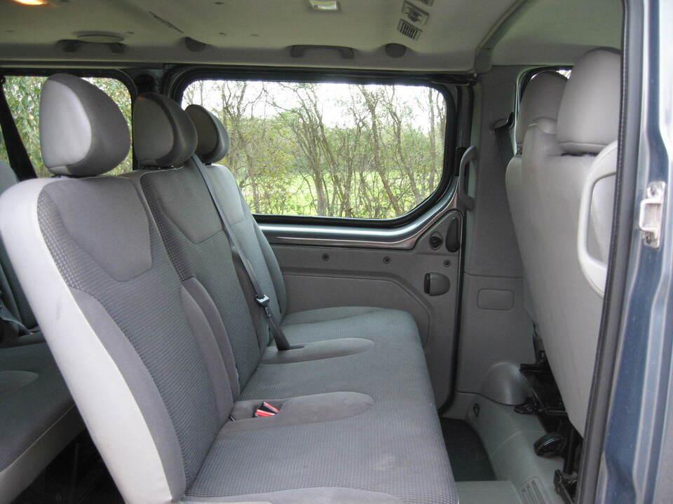 Opel Vivaro 2,0 CDTi 114 Combi L2H1 Diesel modelår 2012 km