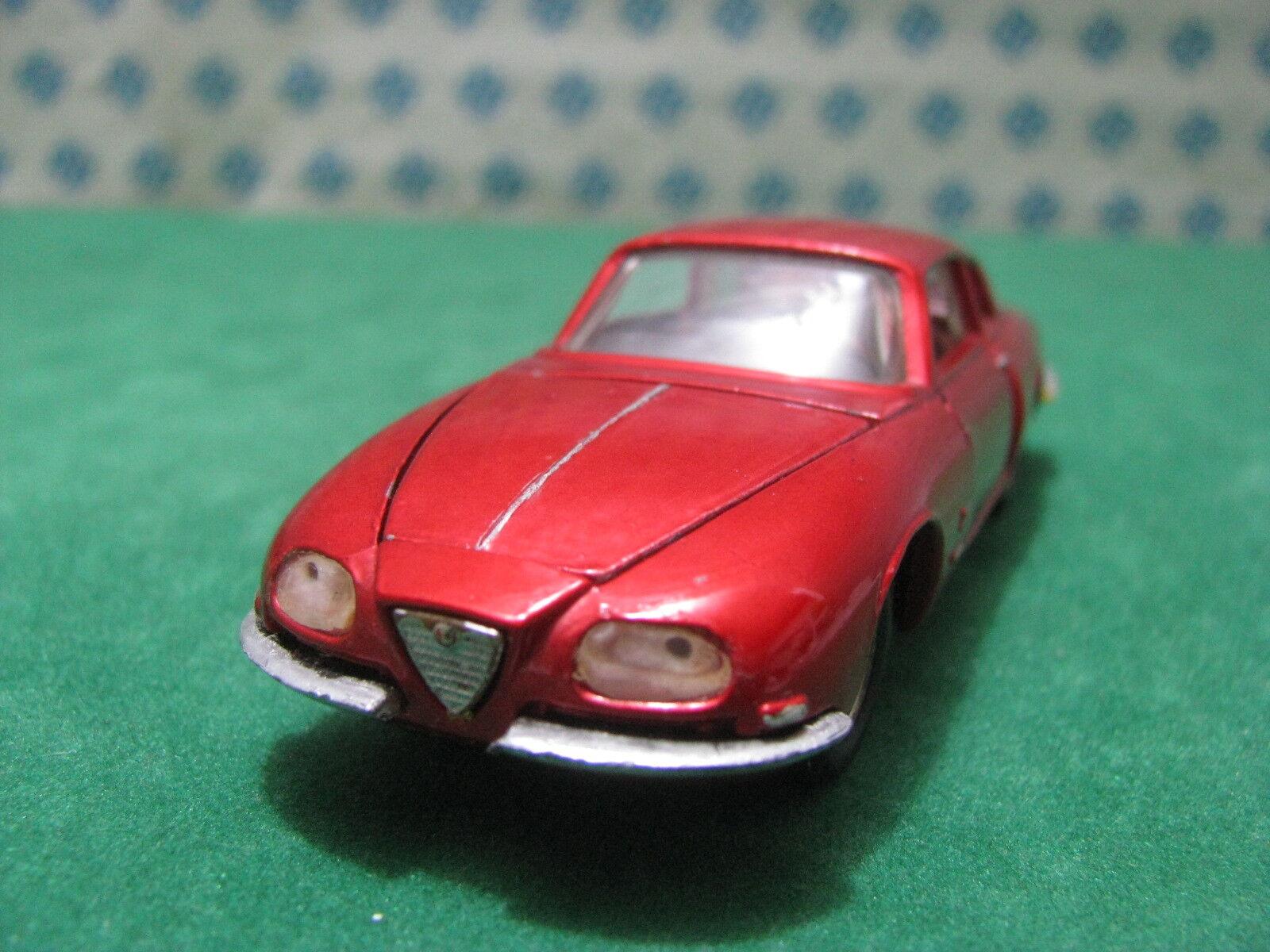 Vintage  -  ALFA ROMEO 2600 SZ    - 1 43  Politoys-M530