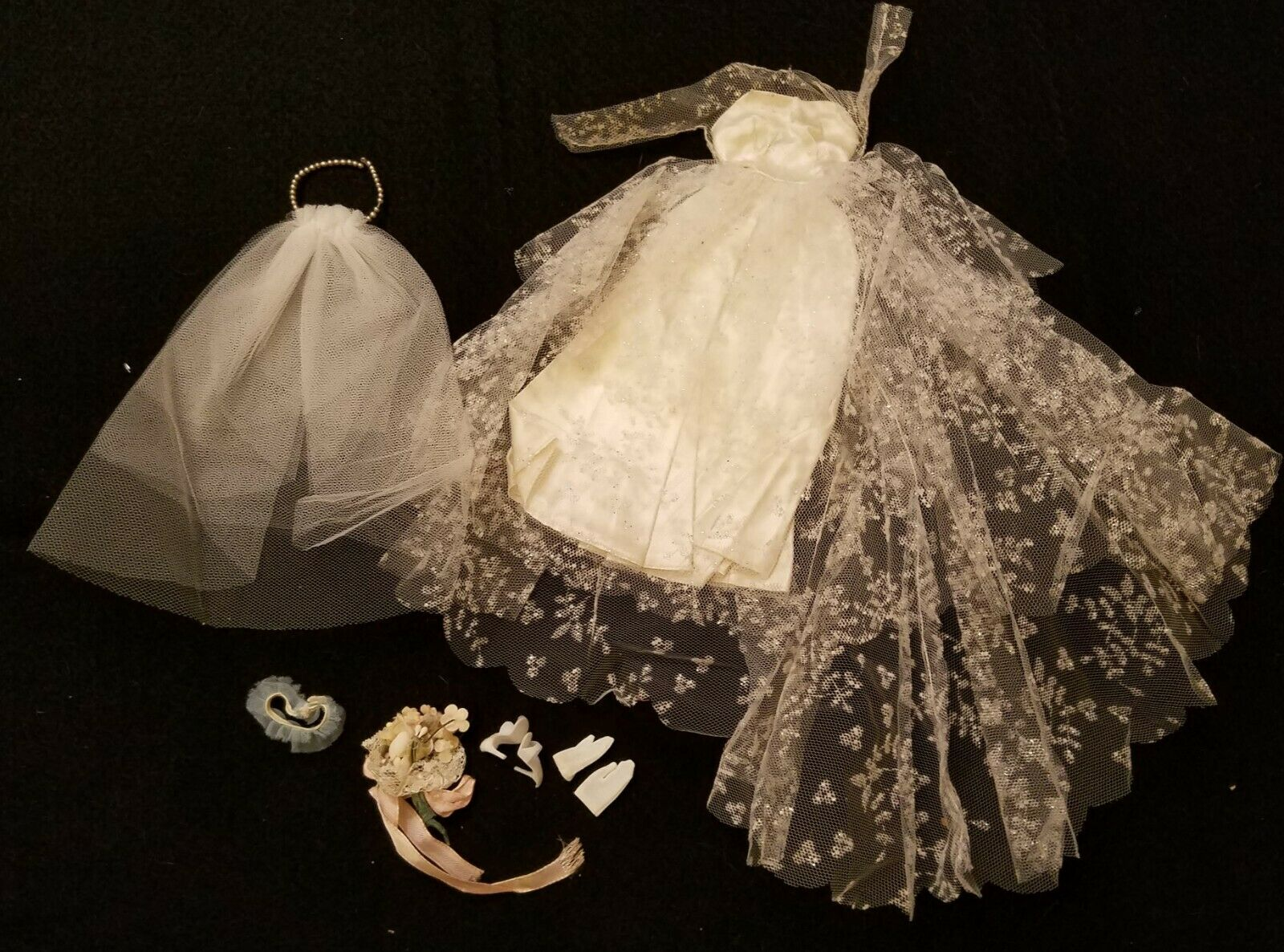 Vintage Barbie 972 Wedding Day Clothing Set with Accessories EX Condition