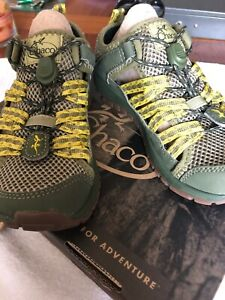 CHACOS Shoes For Kids SZ 4 Water-Hiking