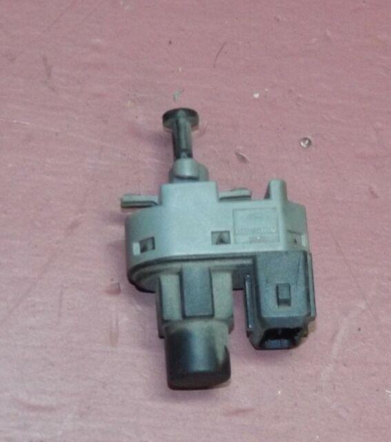 00 01 02 03 04 Ford Focus Brake Pedal Light Switch 93bb