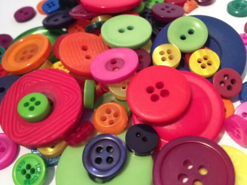 50g ASSORTED BULK BUTTON MIX FOR CRAFTS SEWING CARD MAKING AND SCRAPBOOKING