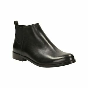 Clarks Bizzy Beat Ankle Boots Color: Black