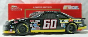 Racing Champions 1:24 Scale Die Cast Car BANK #60 Winn-Dixie 1992 Thunderbird