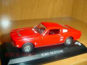 FORD-MUSTANG-RED-1-43-MINT-CONDITION-OFFICIAL-CAR
