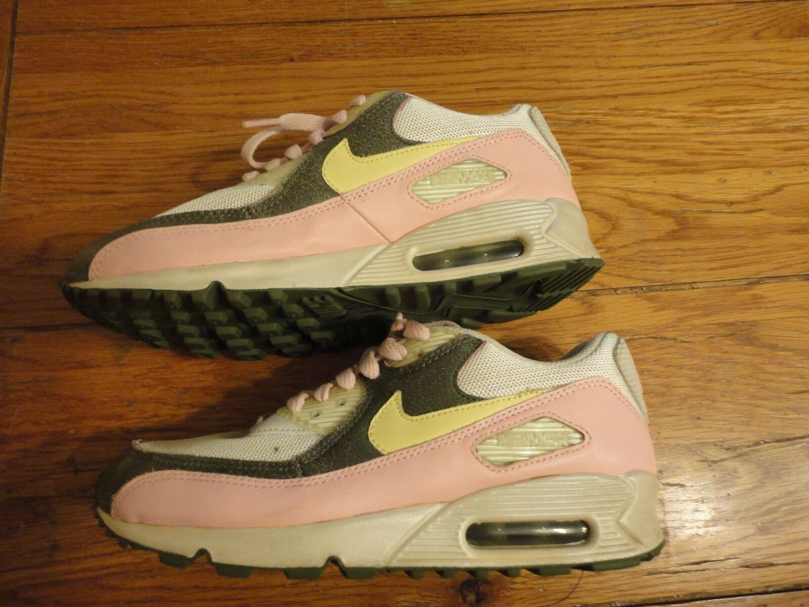 Rare 2007 Nike Air Max 90 EASTER BUNNY PINK BEIGE YELLOW WOMEN size 7