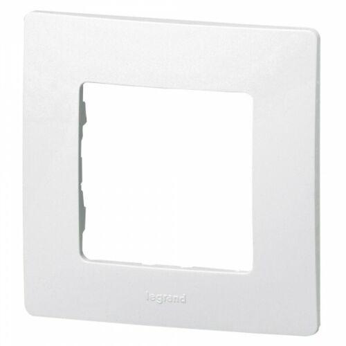 Plaque cache interrupteur simple Niloe blanc Legrand 665001