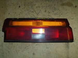 Nissan-Sunny-II-B12-Coupe-Rueckleuchte-Ruecklicht-rechts