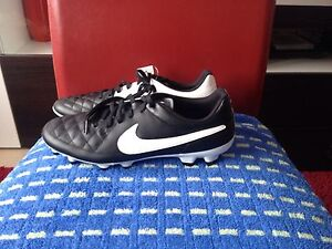 Nike Tiempo Echt Leder Nocken Fussballschuhe Gr:38,5 Neu Ohne Karton