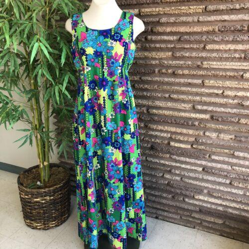 Vintage 70s Hawaiian Bold Floral Muumuu Hostess Ma