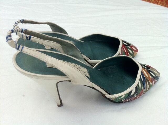 Aus Italien  Sling Pumps, High Heels, 10 cm, cm, cm, Leder weiß-bunt, Gr. 39 cd174d