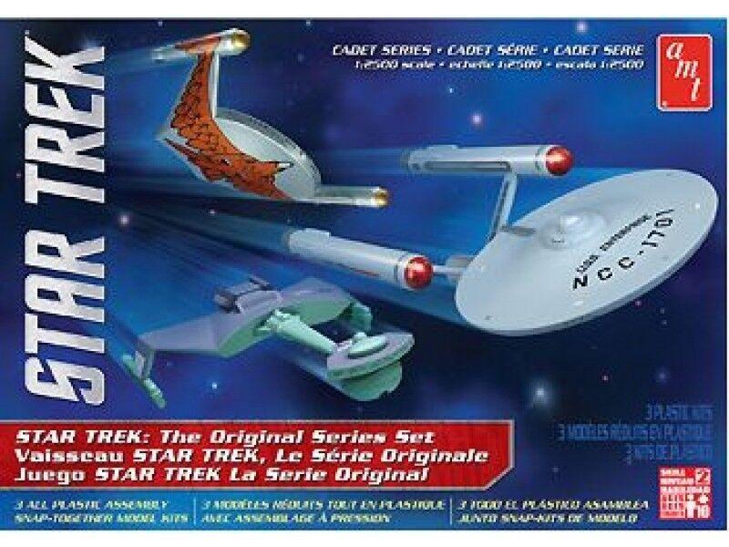 AMT 1 2500 Star Trek Cadet Series TOS Era Ship Plastic Model Kit