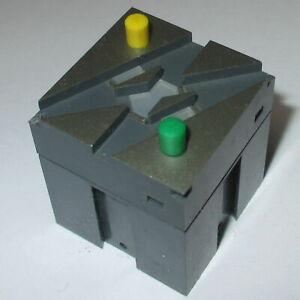 Trix-66423-Element-D-039-Aiguillage-DKW-a-Droite