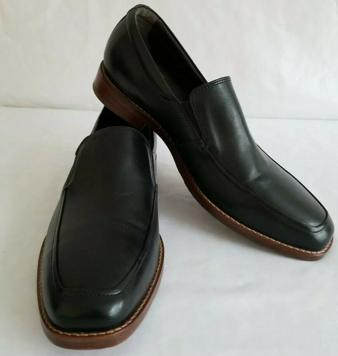 J&M 1850 Men's Black Calfskin Slip On Loafers US Size 10.5 M 70389