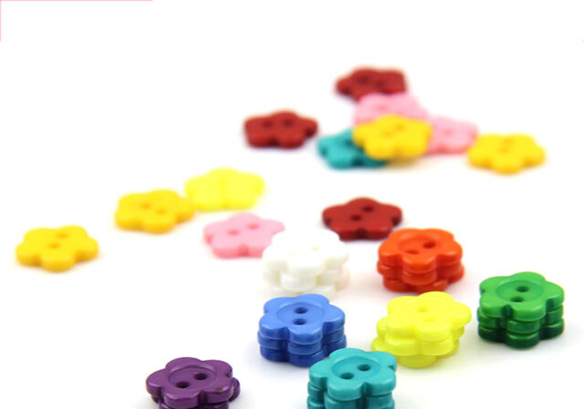 100pcs 12mm Mixed Color Plum Flower Resin Buttons Sewing Accessories P2T3