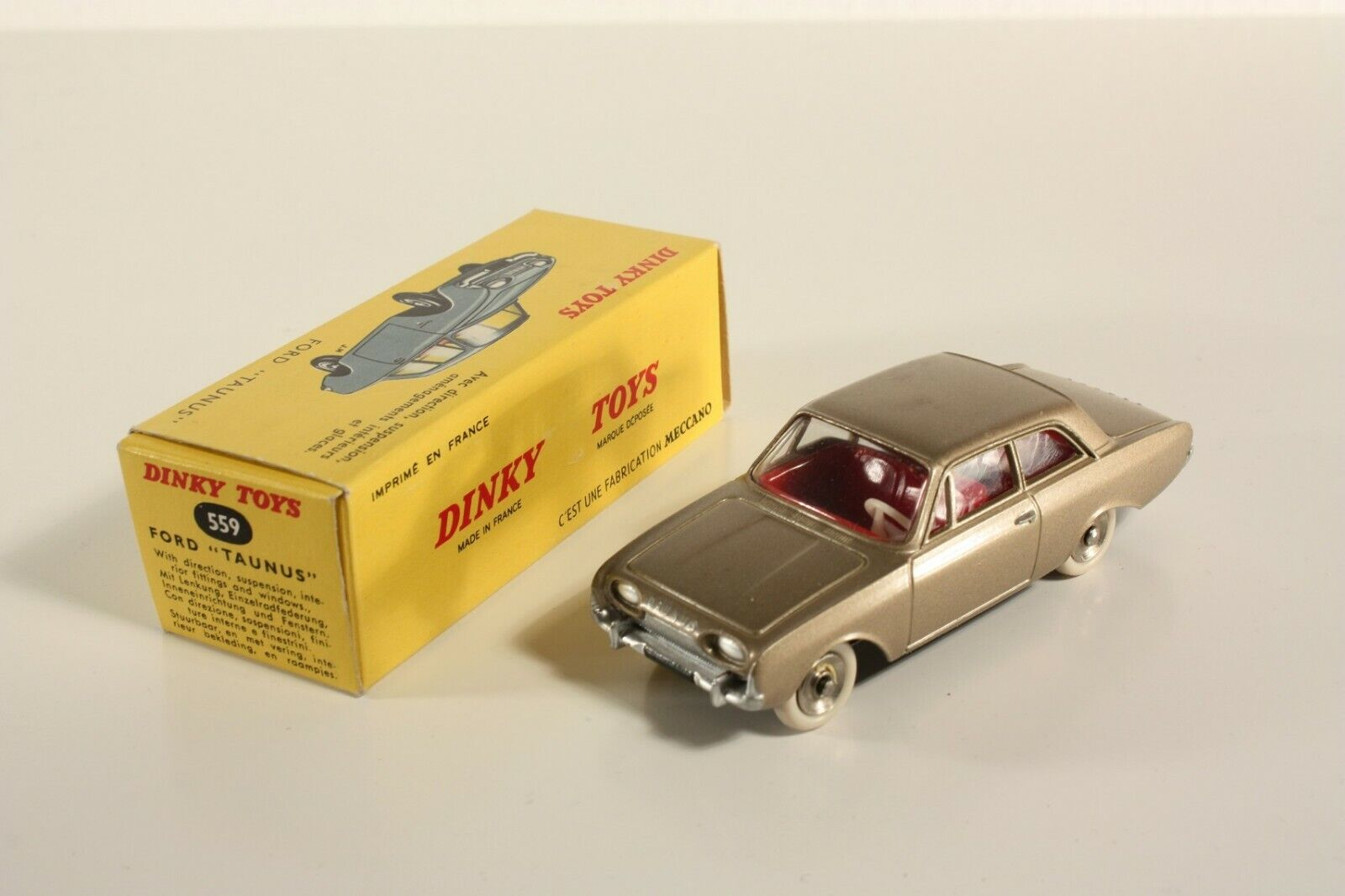 DINKY TOYS 559, Ford Taunus, Comme neuf Dans Box  ab2179