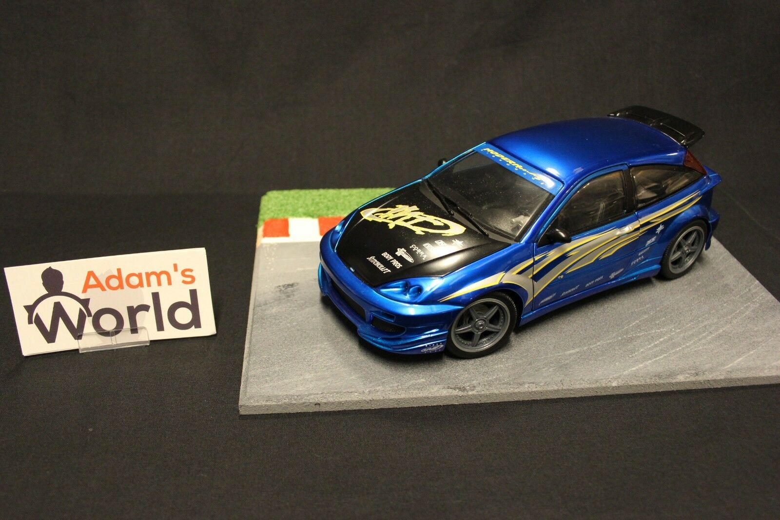 Hot Wtalons Ford Focus 1 18  bleu  Tuning  (MCNB)  expédition rapide