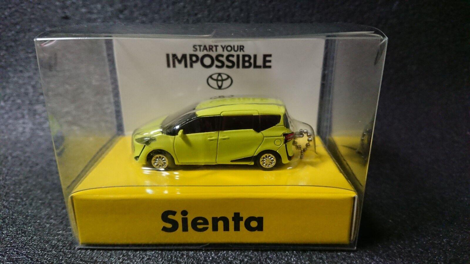 Toyota New SIENTA Lumière DEL Key Holder air jaune voiture modèle non vendus dans la boutique
