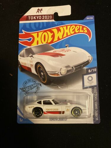 2020 HOT WHEELS  OLYMPIC GAMES TOKYO TOYOTA 2000 GT #8//10 WHITE VERSION NEW