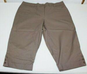 Studio Works Brown Bermuda Shorts/Capri's Stretch Womens Petite Size 16 P