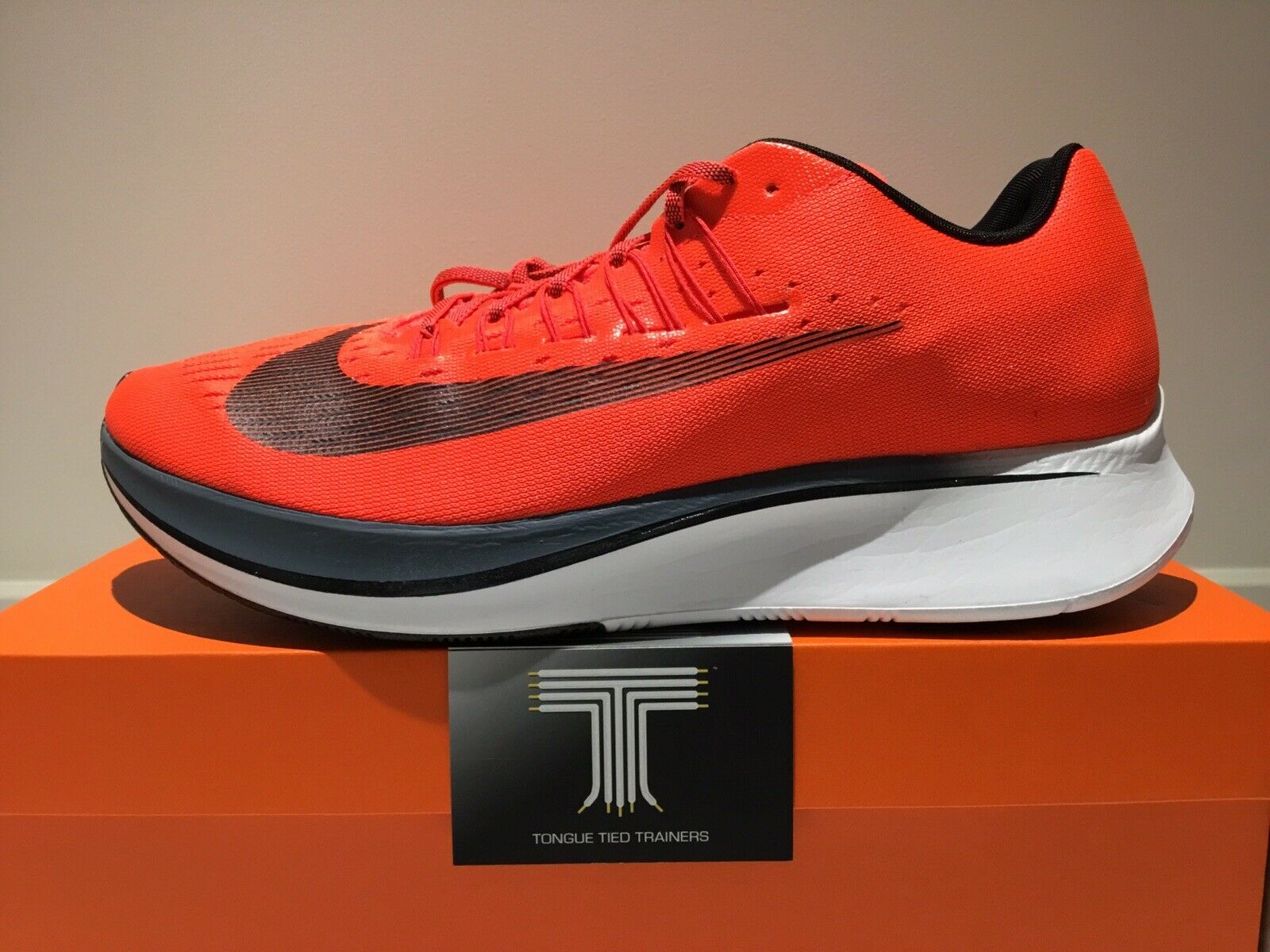 Nike Zoom Fly  880848 614  Size 10.5