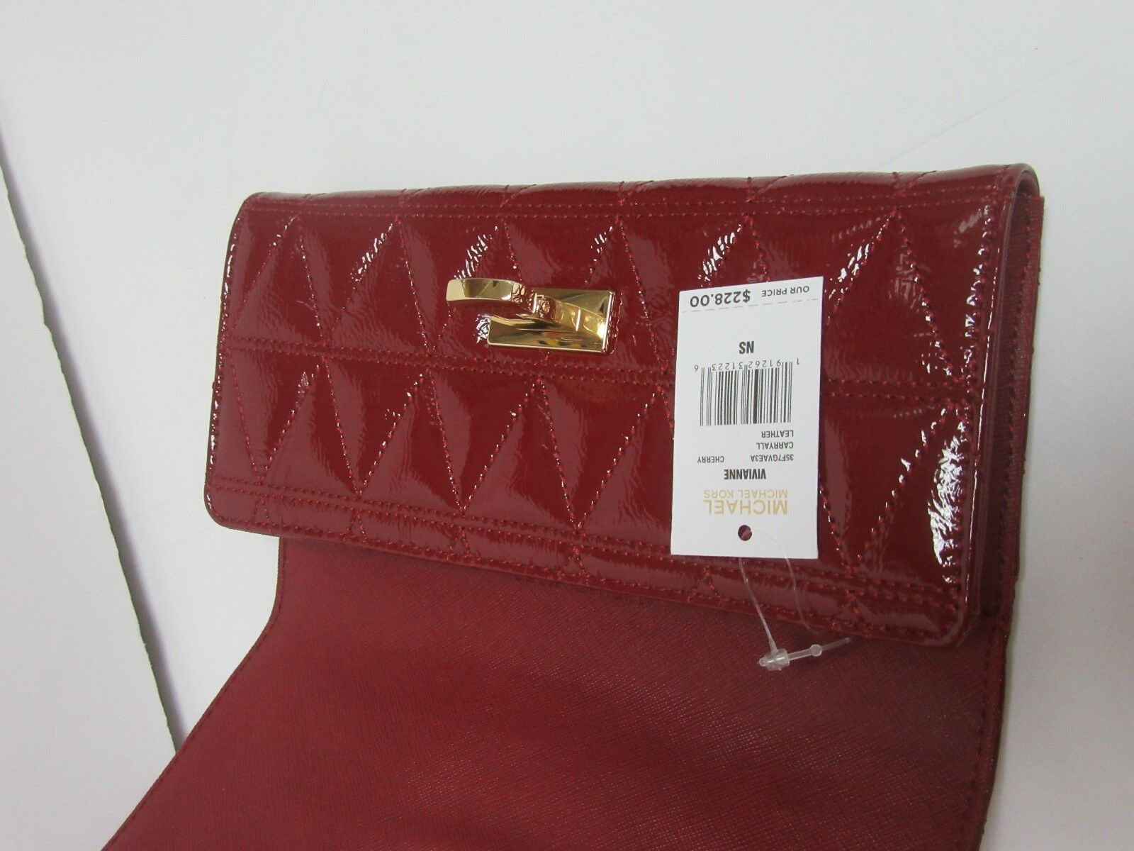 87604985c476 Michael Kors Vivianne Cherry Patent Leather Carryall Wallet 35f7gvae3a for  sale online