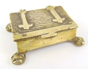 Small-19Th-Century-Solid-Brass-Trinket-Box-with-legs-Snuff-Stamps-keepsake
