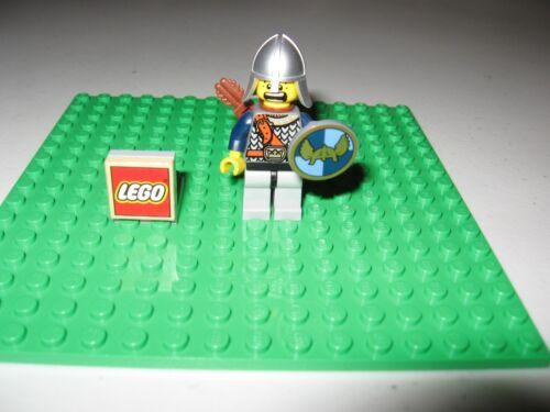 LEGO MINIFIGURE FANTASY ERA CROWN KNIGHT CAS 385