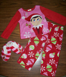 cf7fa5b23a31 Girls Christmas ELF ON THE SHELF Pajamas AND Slippers Size 3T NEW ...