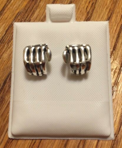 Skull Hand ❤️New Solid 0.925 Sterling Silver Earring 11mm US Seller