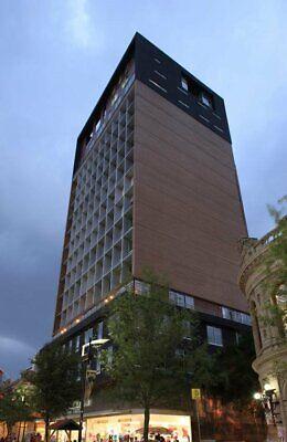 Renta Departamentos en El Centro de Monterrey Edificio Urbania