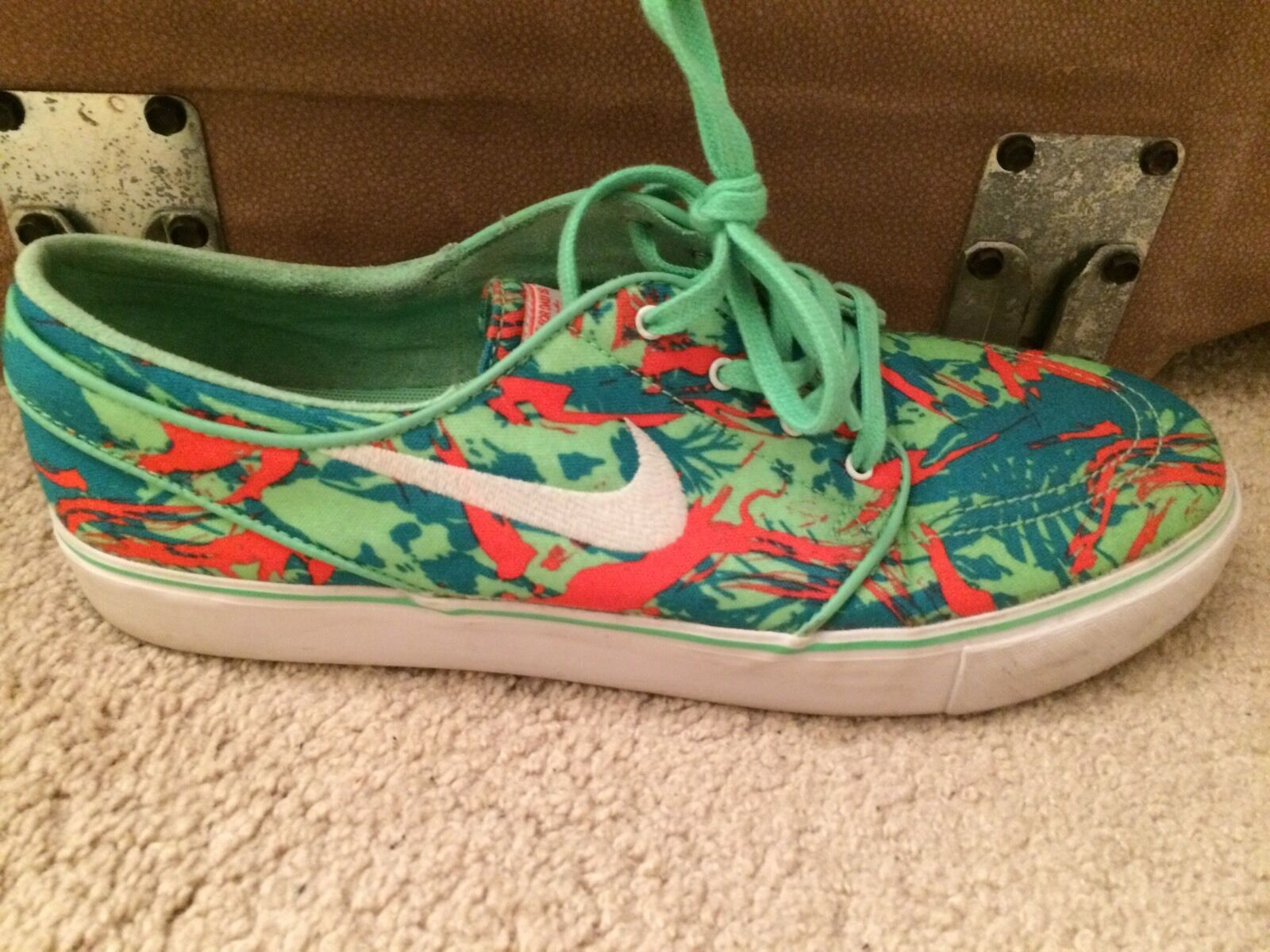 new nike skate shoes  Cheap and fashionable
