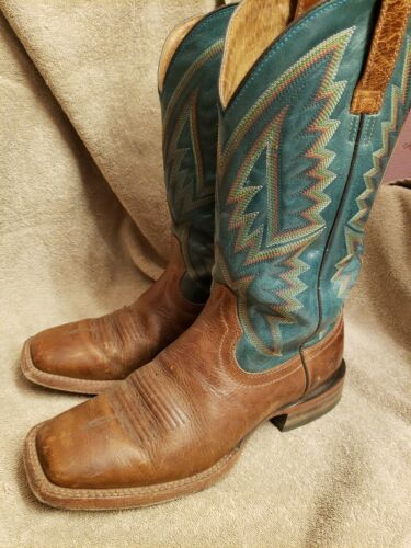 Mens size 9 ariat western boots style #100118707 l