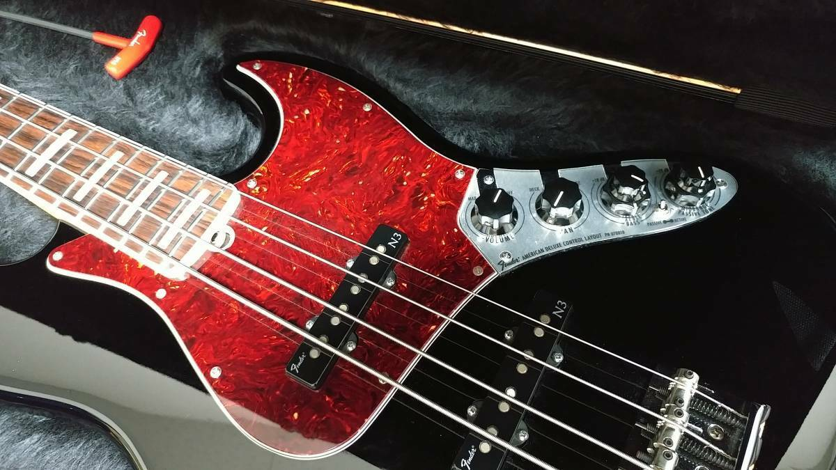 FENDER American Deluxe Jazz Bass N3 JAPAN beautiful rare EMS F S