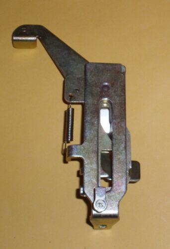 for Brother ribber KR-850 KR-838 right Bracket Assembly