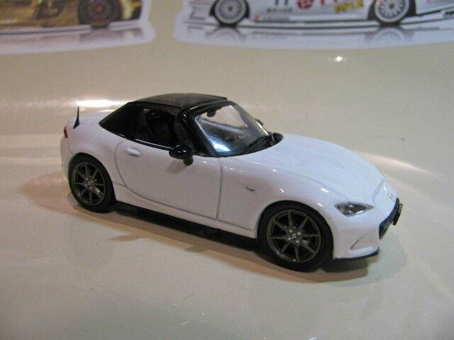 1 43 Mazda Mazda Mazda Roadster MX5 MX-5 Soft top (2015) diecast (white metallic) 42ac90