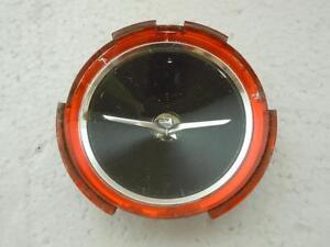 Vintage-Plastic-Car-Horn-Button-Emblem-Bird-Wings-W-Red-Trim-2-5in-1970-039-s-OEM