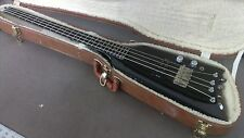 Kramer The Duke Headless 4 string Bass Aluminum Neck Guitar Alien Case USA Made