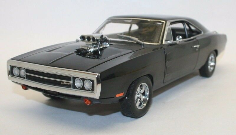 Greenlight 1 18 Scale Dom's 1970 Dodge Charger Fast & Furious Diecast Model Car