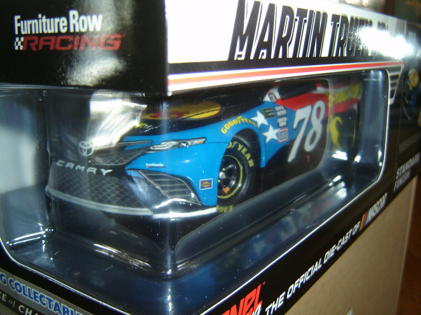 Martin Truex Jr. BASS PRO SHOPS  5Hr Energy PATRIOTIC 2018 Action 1 24th NEW