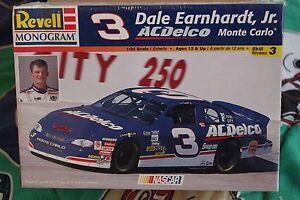 1998-Revell-3-Dale-Earnhardt-JR-AC-Delco-Monte-Carlo-Model-1-24-scale-model-kit