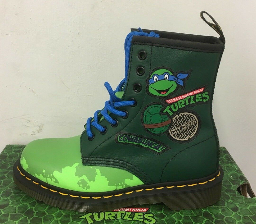 DR. MARTENS LEO L GREEN T LAMPER    LEATHER  BOOTS SIZE
