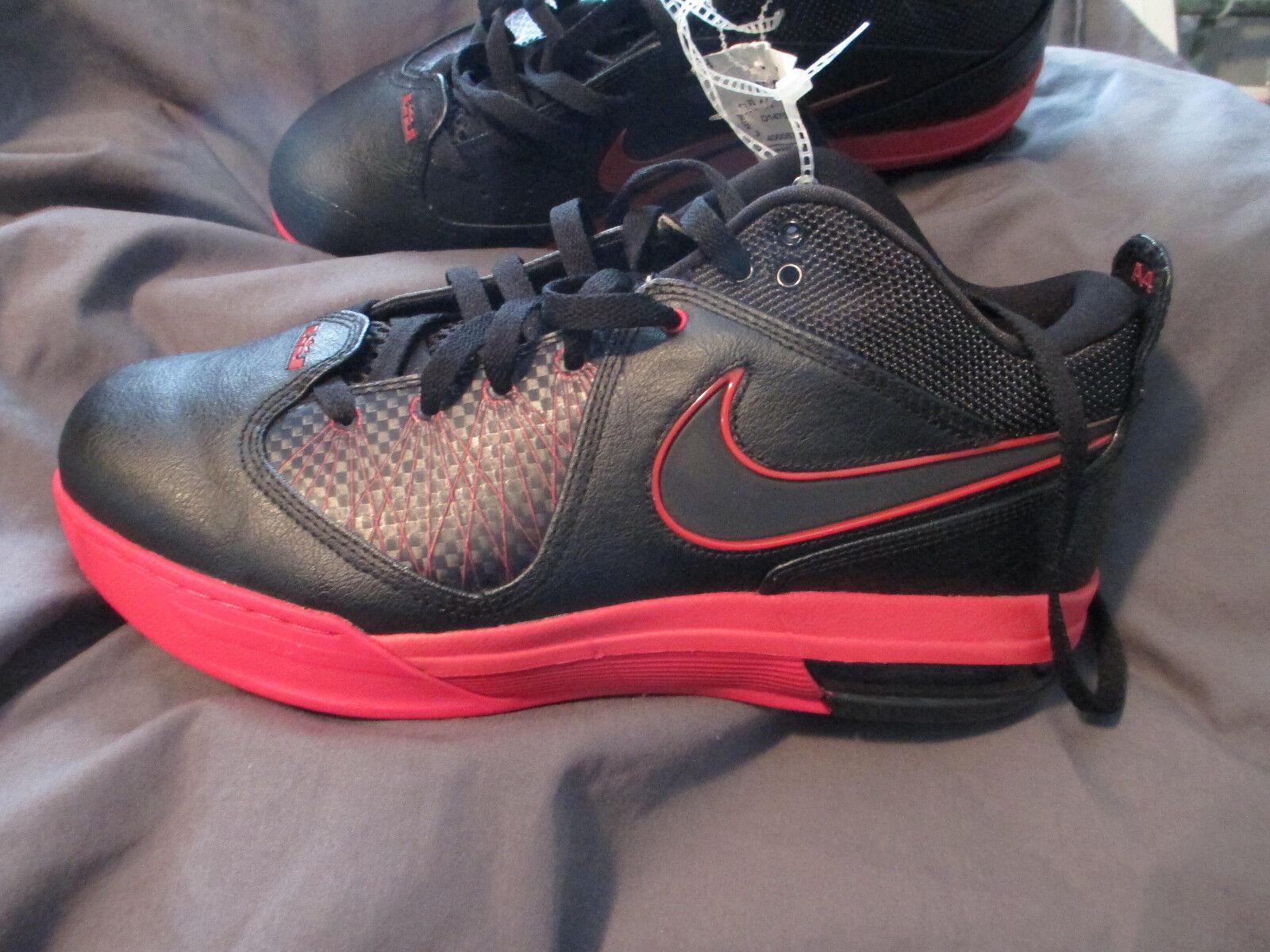 Nike Air Max AMBASSADOR IV size 11,black w/red