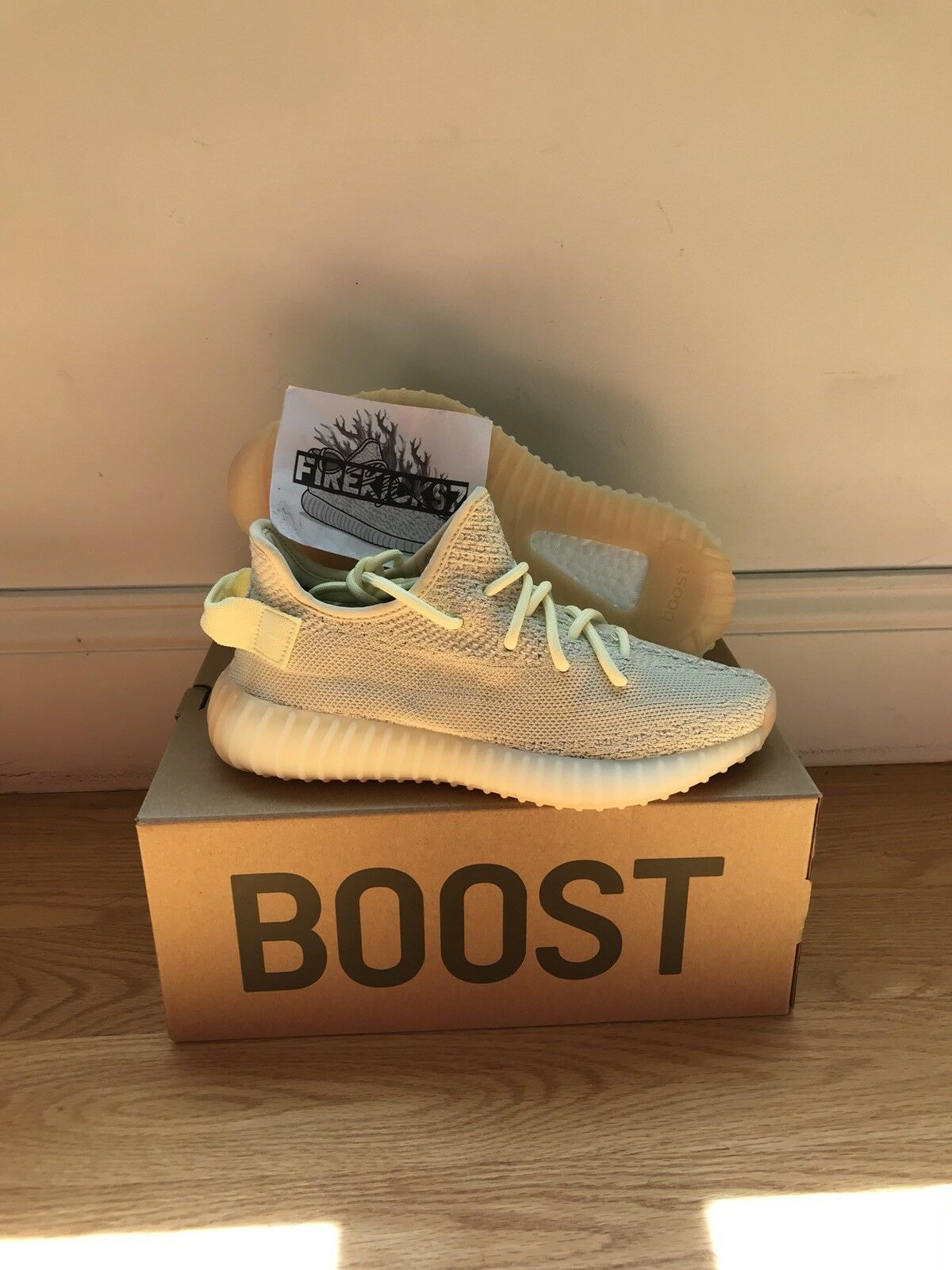 Adidas Yeezy Boost 350 V2 Butter F36980 - Cream Yellow Gum - Size 5 US